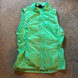 Nike medium green packable running vest